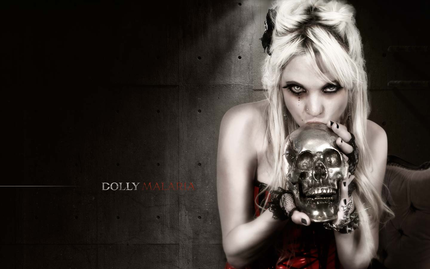Dolly Malaria - Digital Art - Laurent Lemoigne - Donanubis - Don Anubis - Graphic Design - Logo Design - Cd Cover - Myspace Layout - Webdesign - Singer - Alternative _ Rock - Metal - Electro - Band - Geneva - Switzerland - Art - Music - Industrial - Dark - Marilyn - Manson - Skull - Latex - Fetish - Mechanic - Factory - Rust - Abandonned - Decay - Apocalypse - Doomsday - Beautiful - Woman - Alternative - Underground - Geneva - Switzerland